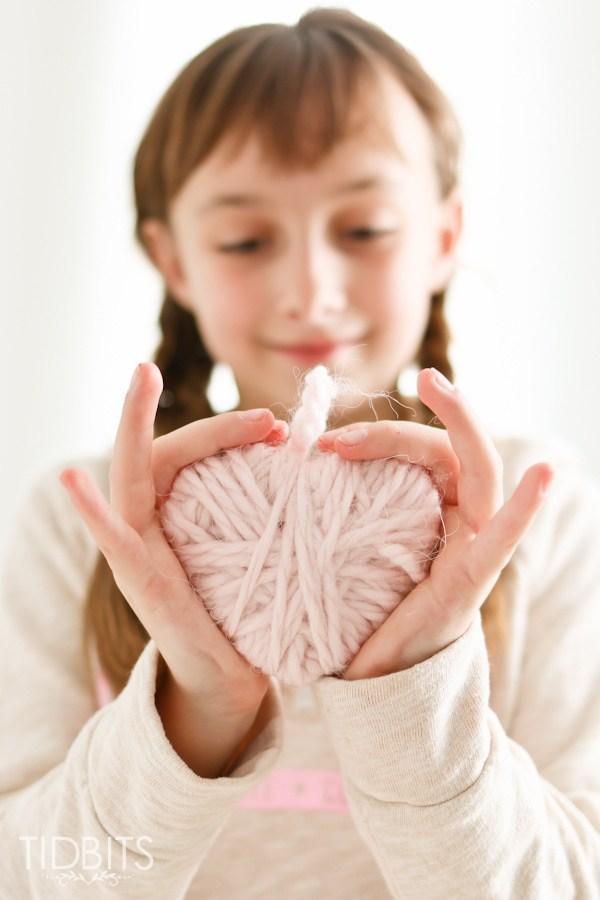 kreatív gyerek ötletek - kézműves szív füzér