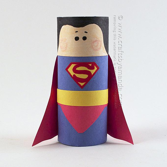 kreatív gyerek ötletek - karton szuperhős superman