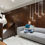 lakás emeletes ház tetején - olvasó kanapé