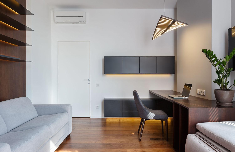 lakás emeletes ház tetején - vendég szoba