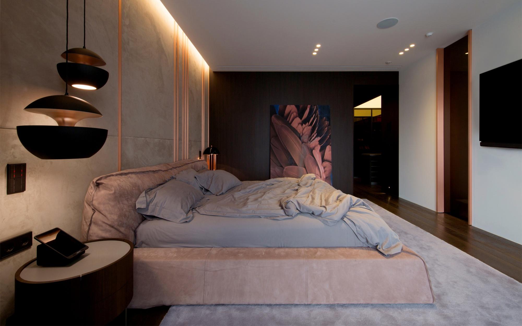 luxus lakás sárga réz - hálószoba rejtett világítás