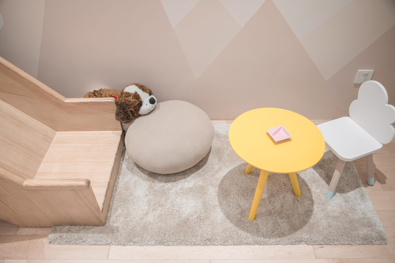 nyugtató színek - lakás gyerek bútor