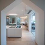 nyugtató színek - lakás közlekedő nappali
