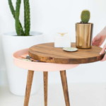 rejtekhely - titkos rekesz - 3 lábú kisasztal