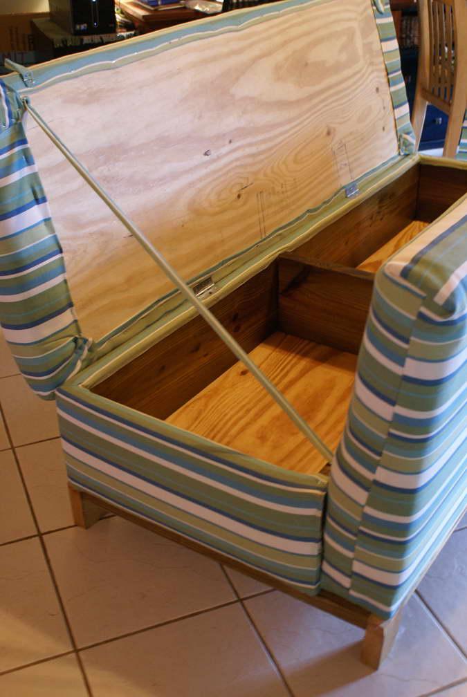 rejtekhely - titkos rekesz - kanapé