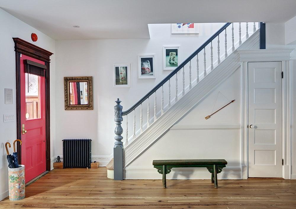 sorház macska, könyv barát - bejárat lépcső