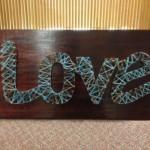 Valentin napi ötlet - fa tábla cérna üzenet