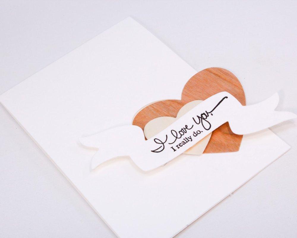 Valentin napi üdvözlő kártya - fa