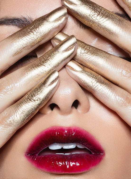 rúzsos ajkak -ezüst
