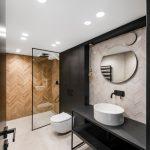 Monokróm Loft lakás fa dekoráció - fürdőszoba mosdó