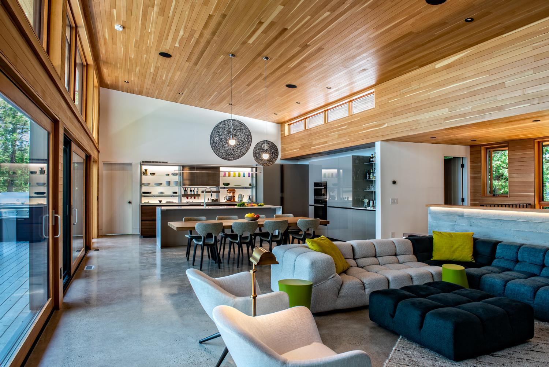 Erdei ház fa, beton és üveg - nappali, étkező, konyha