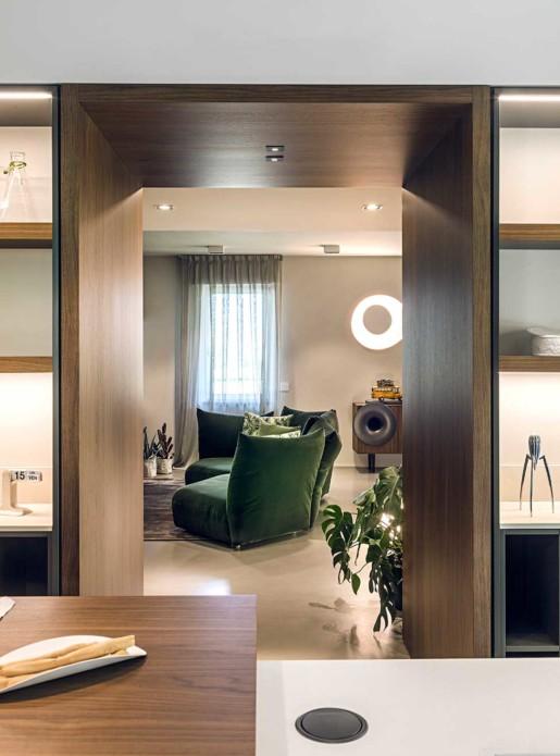 Natrual design lakás konyha átjáró